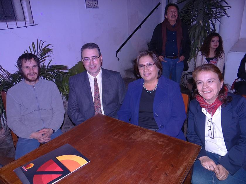 Juan Pablo Pacheco, Marco Castiglion, Gloria de Castiglion y Elizabeth Dupleich.