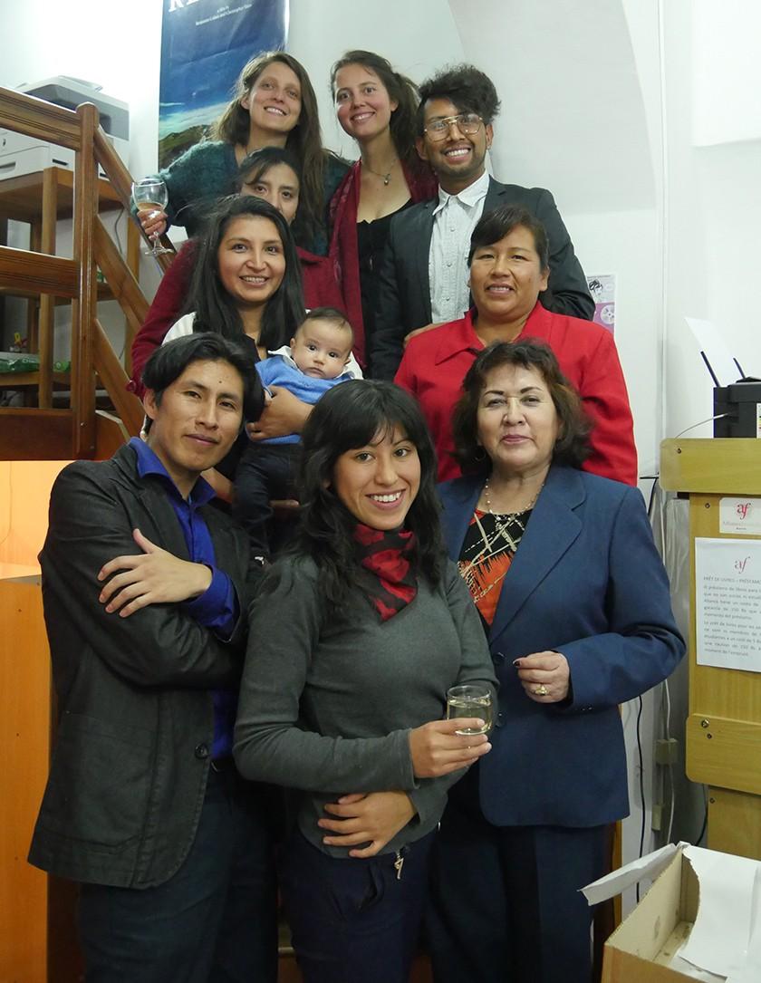 Personal de la Alianza Francesa, desde arriba: Camilla Tonon, Eleonore Gire, Ingrid Vacaflores, Elías Alaka, Viviana V.