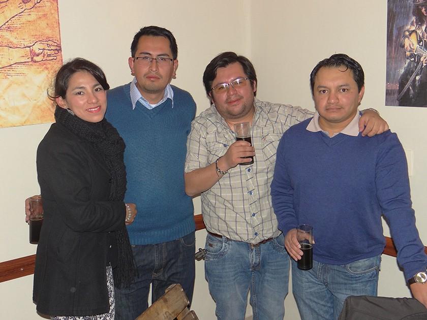 Alejandra Montalvo, Cristian Baldivieso, Alan Aparicio y Wilber Sánchez.
