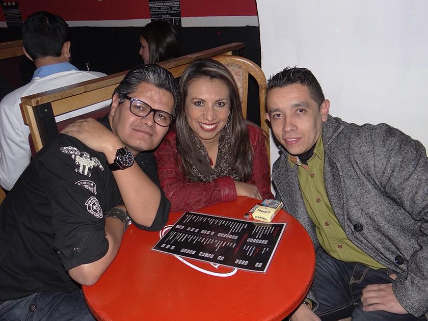 Alejandro Fernández, Claudia Amusquivar y Raúl Toro.