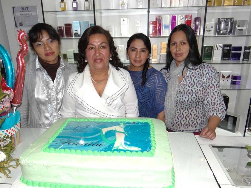 Yolanda Rojas, Blanca Quevedo, Soledad Coronado y Wendy Micordia.