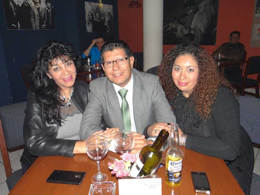 Verónica Rivero, Alfredo Miranda y Verónica Galván.