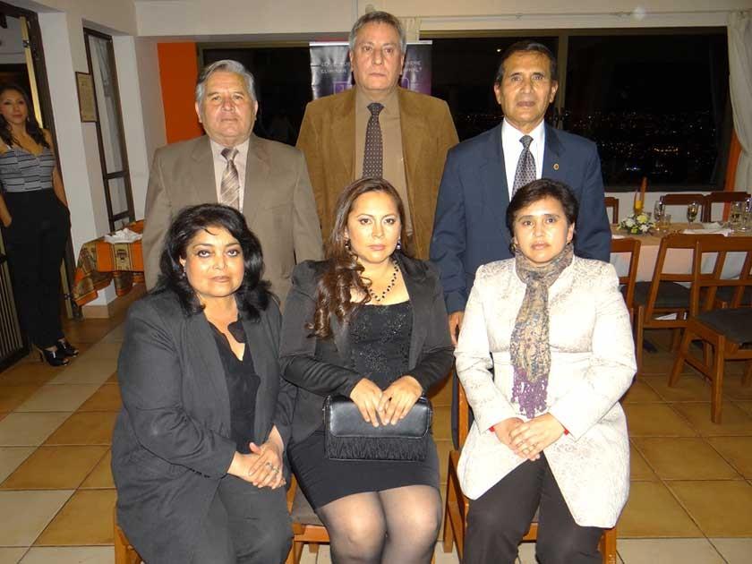 Mesa Directiva, Arriba: Alfredo Rosso, Fernando Carranza y José León. Abajo: Patricia Calvo, Anavel Miranda y Judith B.