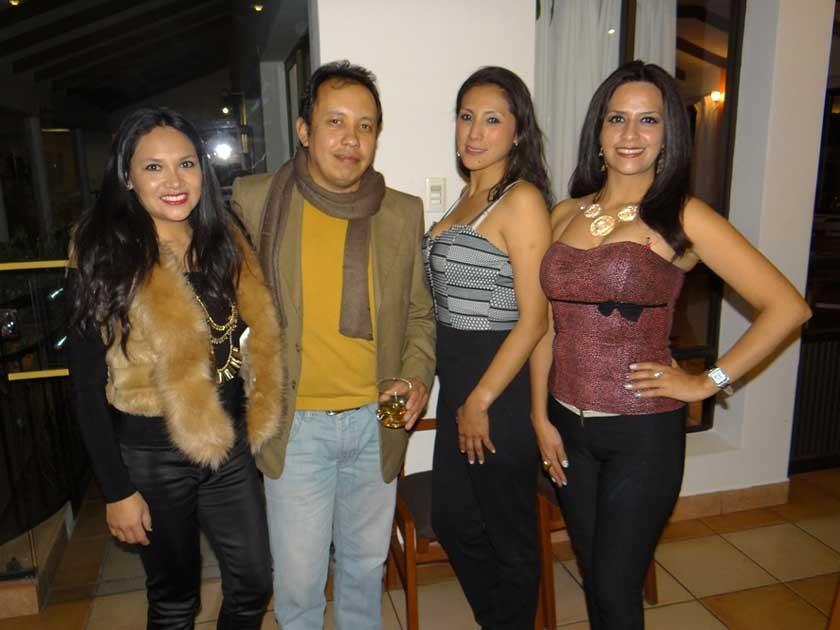 Consuelo Rodríguez, Enrique Díaz, Karina Ibáñez y Valeria Orsolini.