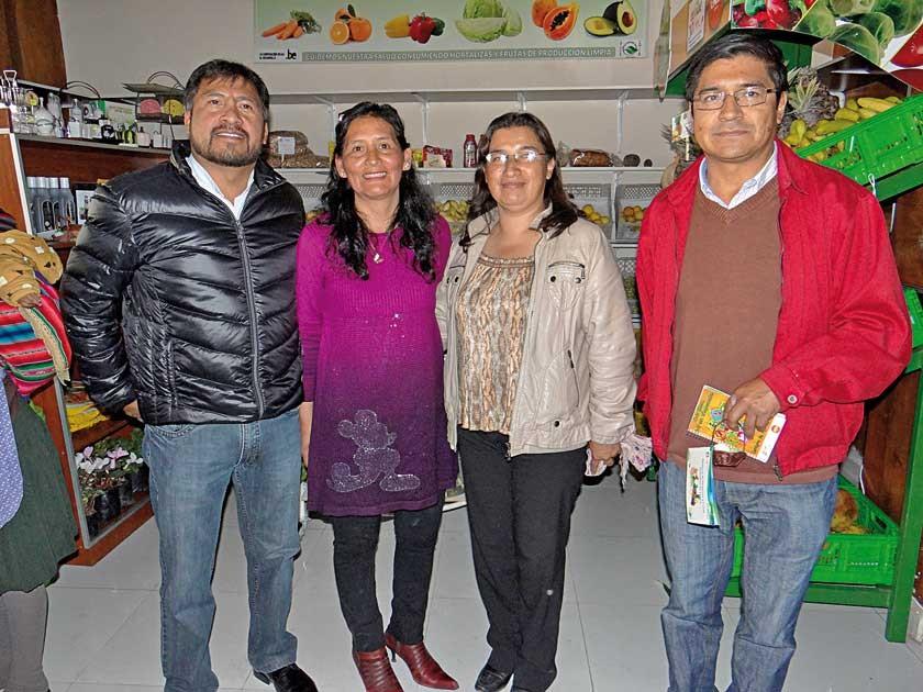 Gunar Morales (PROAGRIF), Celideth Orosco, Jimena Rivero (PROAGRIF) y Carlos Vacaflor (CEMSE).