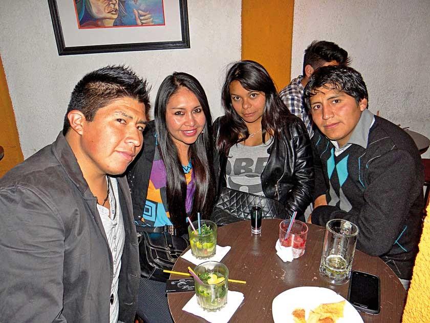 Jhonny Galván, Jenny Callejas, Karen Gonzales y Herbert Martínez.