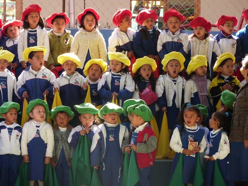 El Kinder Echeverría festejo el Día de la Patria