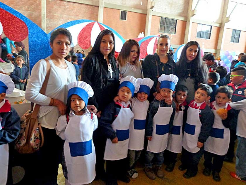 Los niños de la 1ª Sección Azul prepararon pipocas de atún al horno y arroz con leche.