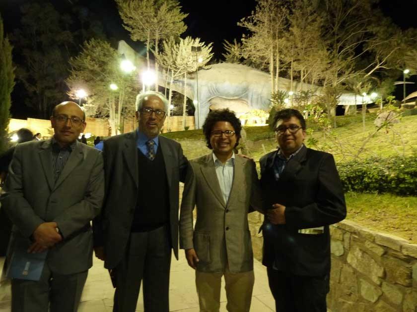 Marco Antonio Dipp, director de Correo del Sur; Waldo Vargas; Gustavo Orihuela y Beimar Ramallo, directores de Cultura..