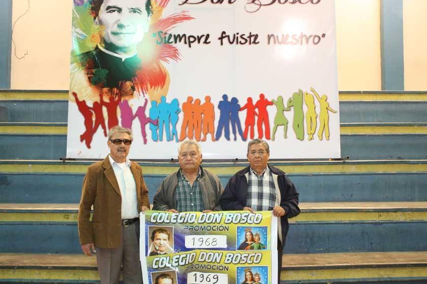 Representantes de las Promociones 1968 y 1969