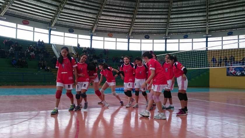 El colegio María Auxiliadora clasificó a la fase nacional en voleibol.