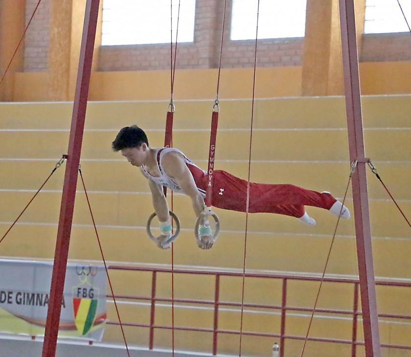 Los equipos participantes cumplieron ayer la última jornada de entrenamientos en el Poligimnasio, donde hoy comenzarán..