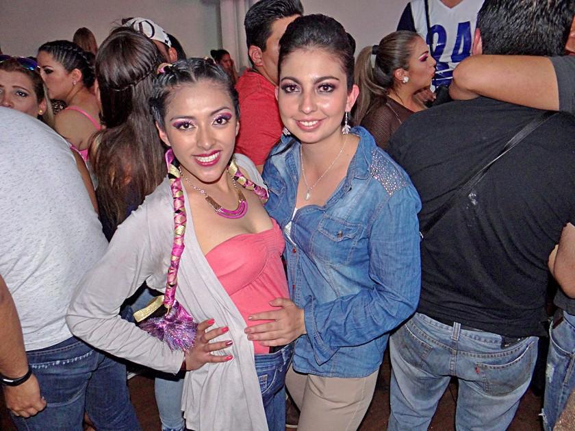 Lizbeth Yucra y Mariana Cortez.