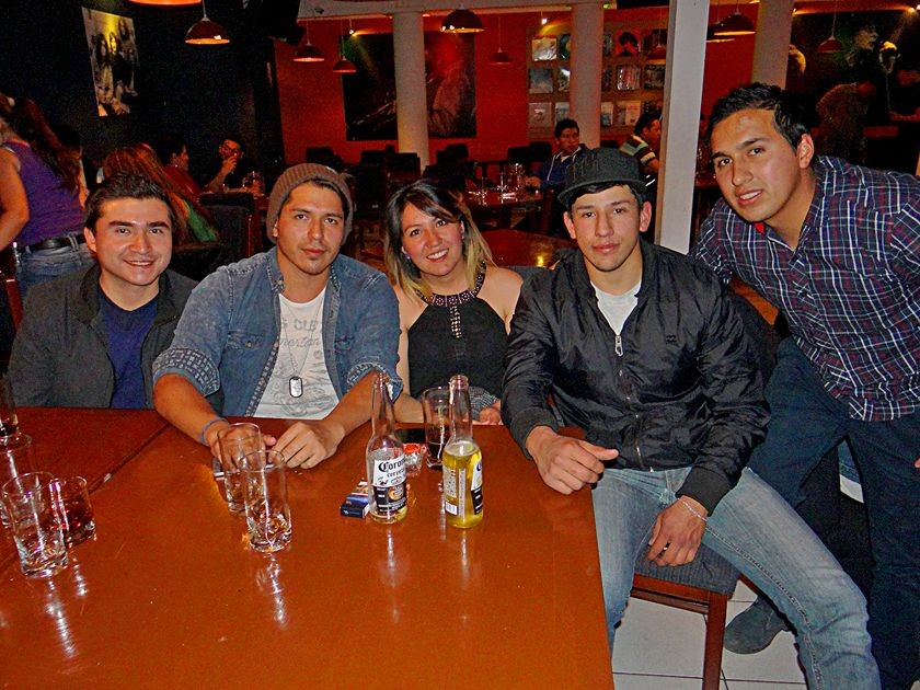 """Alejandro, """"Chucho"""", Pamela, Francisco y Juan Pablo."""