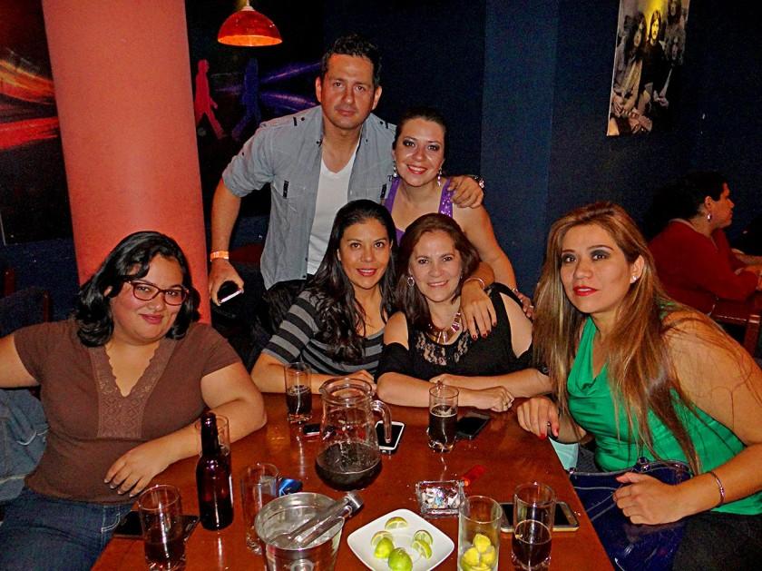 María de los Ángeles Mercado, Alfredo León, Ivana Vargas, Cecilia Barrón, Cira Araujo y Verónica Rojas.
