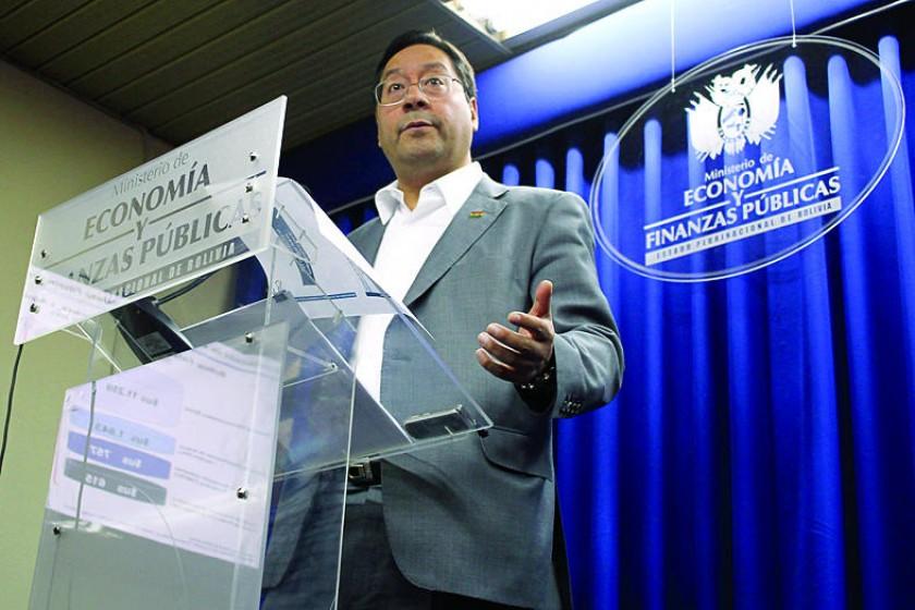 Arce no confirma doble aguinaldo pero descarta crisis en Bolivia
