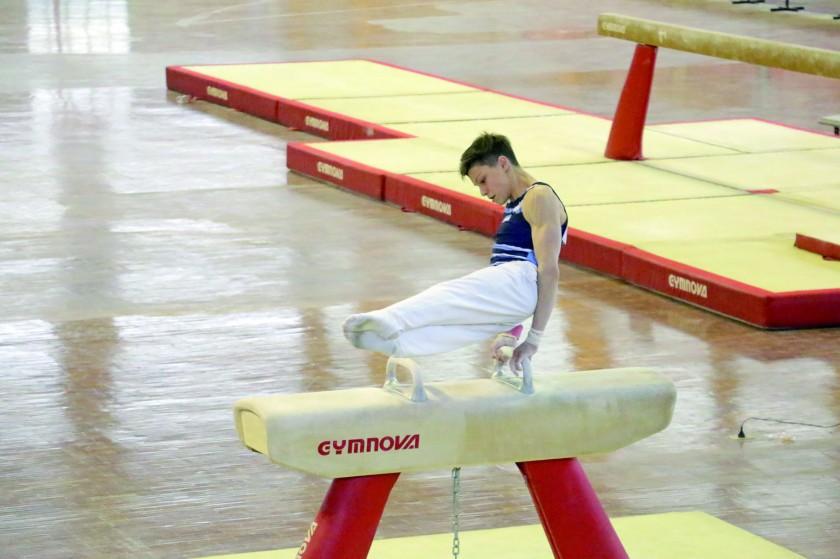 El arzón exigió la potencia de los deportistas.