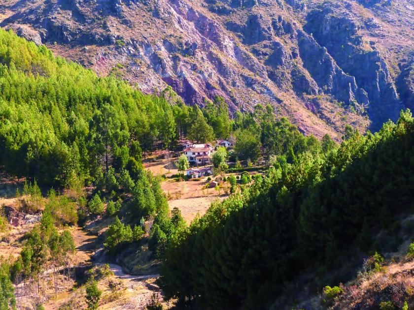 El Bramadero, desde una de las cumbres.