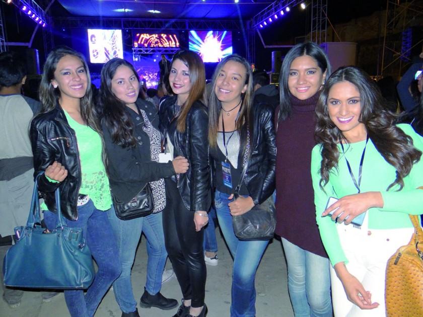 Carla, Fabiola, Raizza, Carlita, Lorena y Jimena.