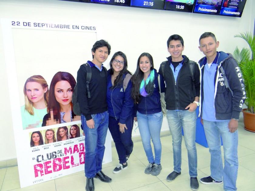Andrés, Fátima, Melany, Pablo y Mauricio.