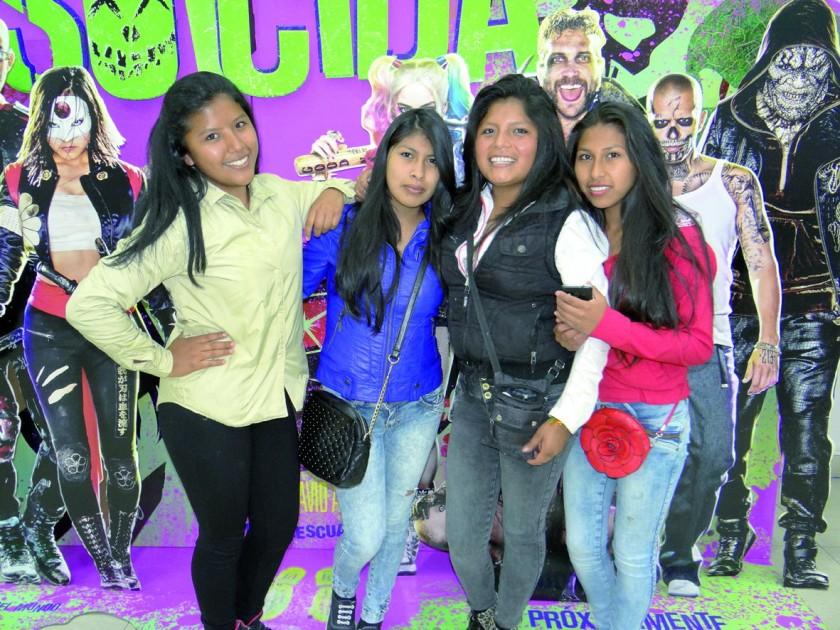 Camila Saavedra, Emily Maturano, Maribel Quispe y Yolanda Amadeo.