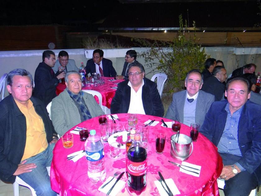 Martín Barrón, Miguel Herrera, Miguel Mujica, Orlando Medina y René Arce.