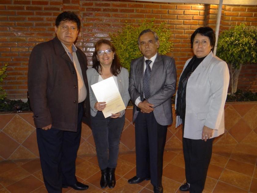 Medicina Interna: Elías Espada, Elizabeth Dupleich, Janeth Berríos y Carlos Taborga