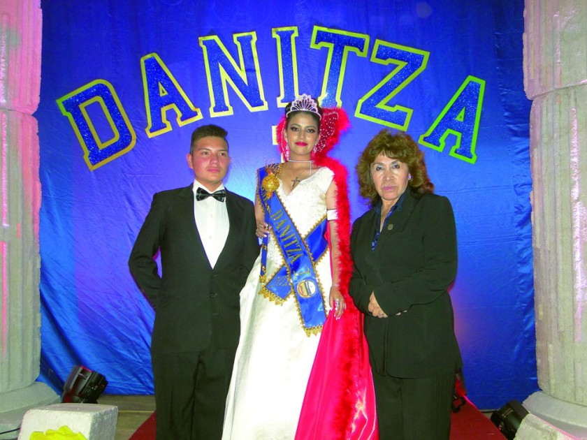 Julio Rodrigo Rúa, Danitza Moscoso Ferrufino y Balbina Tamayo.