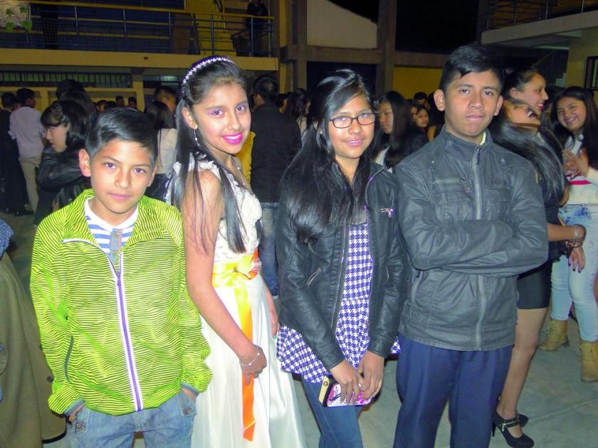 Daniel Brito, Lizbeth Chuca, Massel Sarcillo  y Mauricio Padilla.