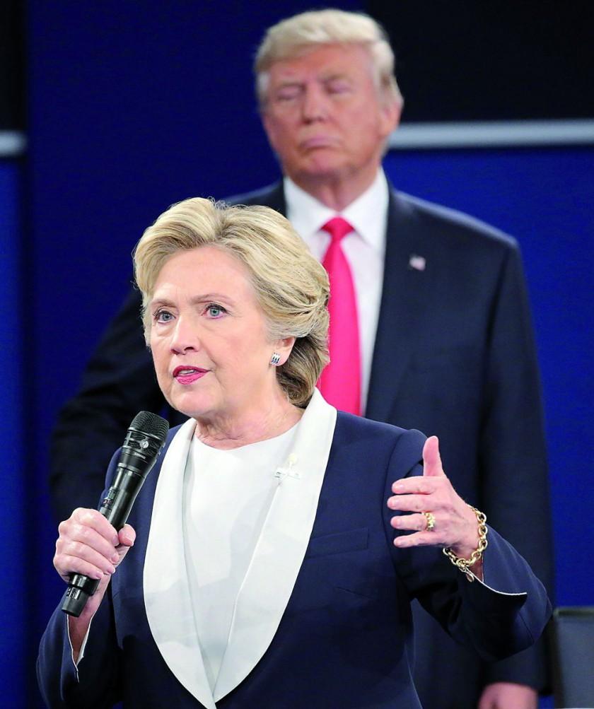 RIVALES. Hillary Clinton durante el debate con su rival republicano, Donald Trump.