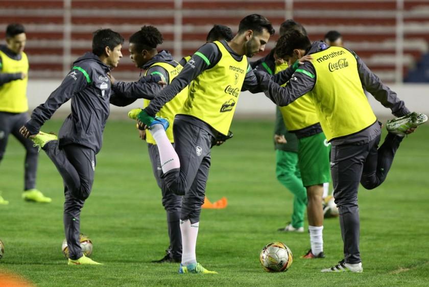 La Selección Nacional cumplió ayer una práctica nocturna