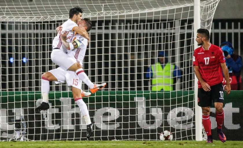 El festejo de los jugadores españoles tras el segundo gol.