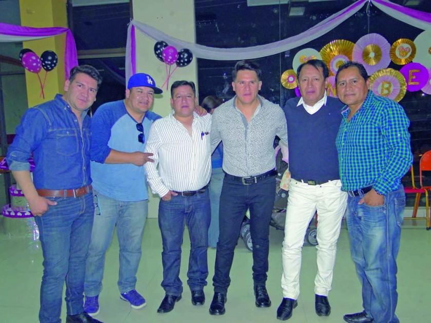 Yasir Santiesteban, Juan Carlos Torres, César Mirabal, Higor Santiesteban, Amael Ayala,  y Happy Flores.
