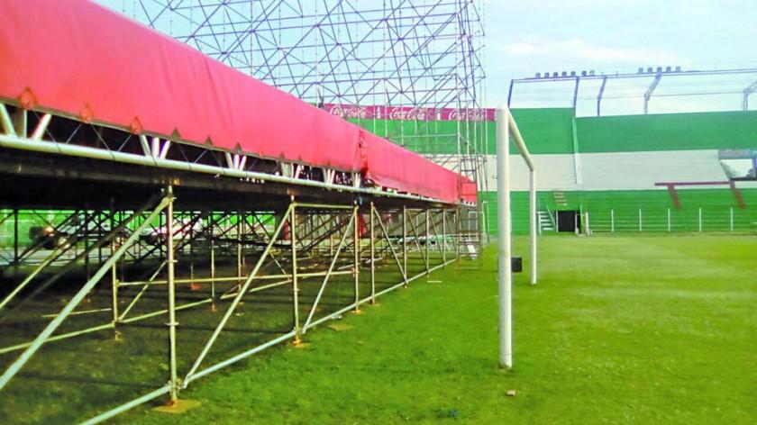 Estadio no reúne condiciones