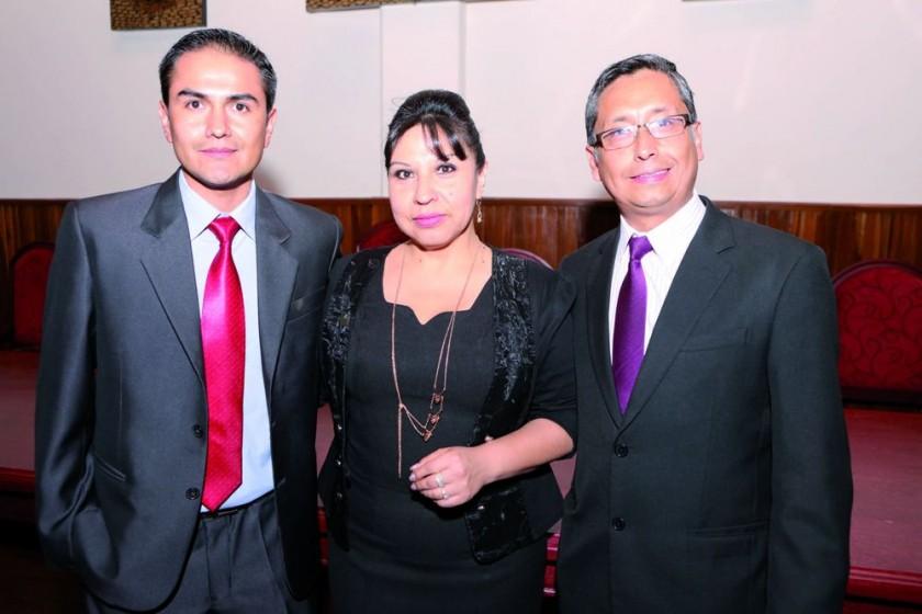 Marco Loayza (Maestría en Gestión de Marketing), Madai Moscoso (Administración y Finanzas) y Carlos Goytia (Gestión de..