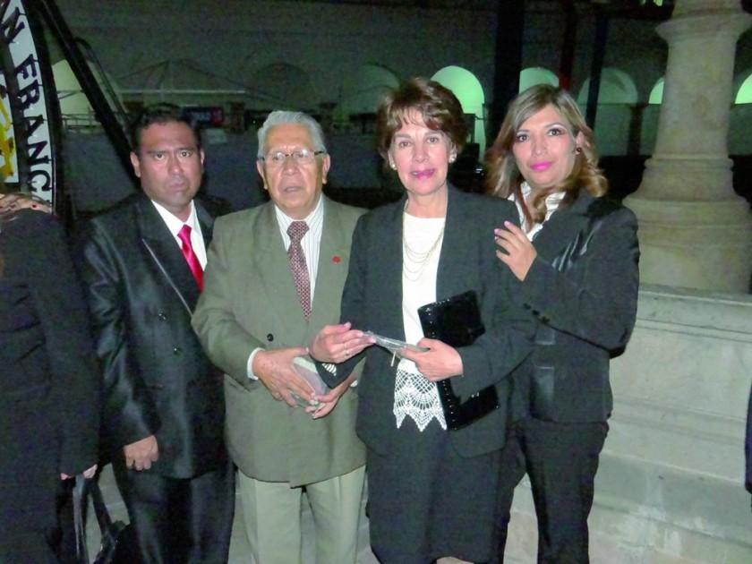 José Ángel Sánchez, Mario Gonzáles, Virginia Kolle e Isabel Michel.