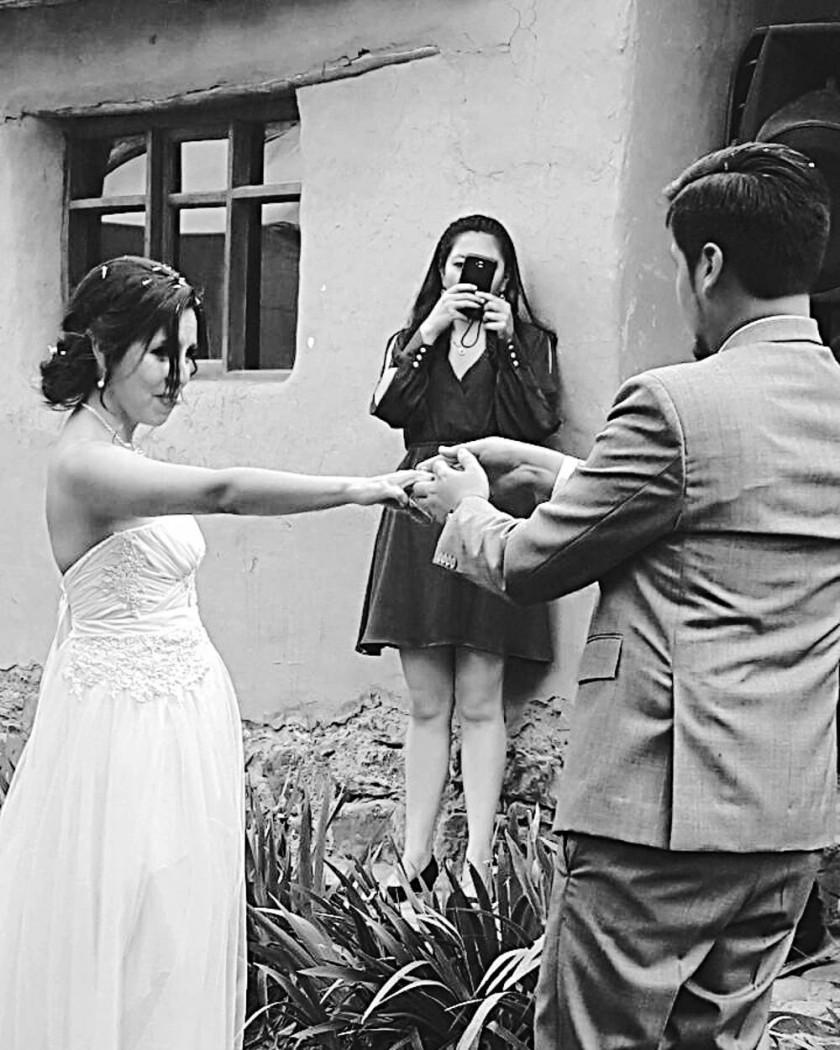 CONEXIÓN. La boda de Naira y Sergio fue tendencia en Twitter.