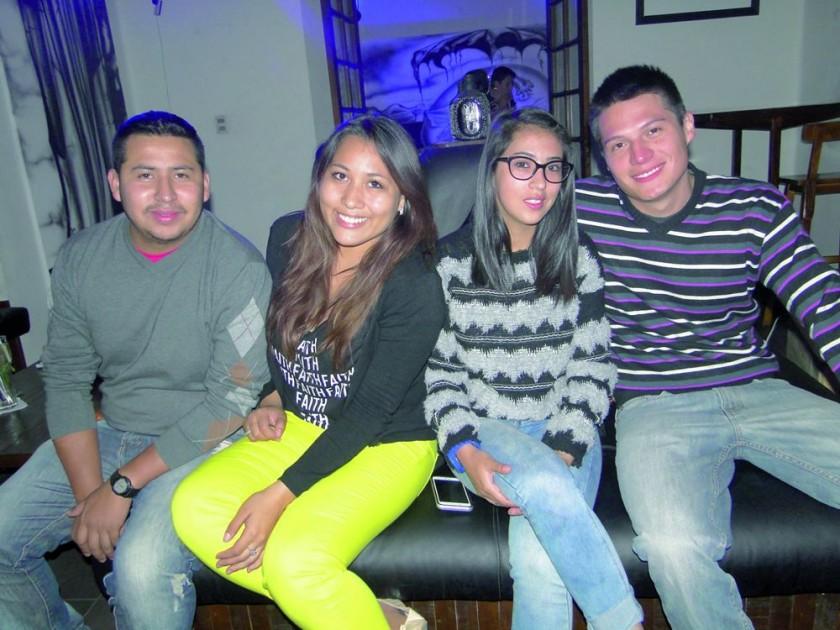 Rodrigo Durán, Carola Durán, Alejandra Durán y Antonio Cruz.