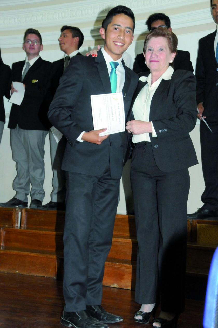 Andrés Romero y María René Torricos.