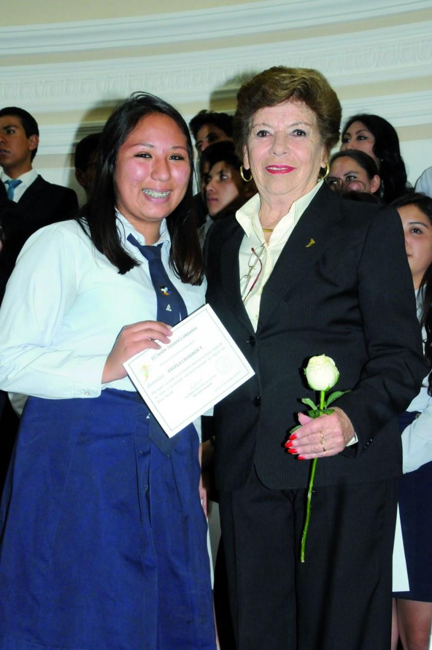 Ángela Calderón  y Ana María Vladislavic