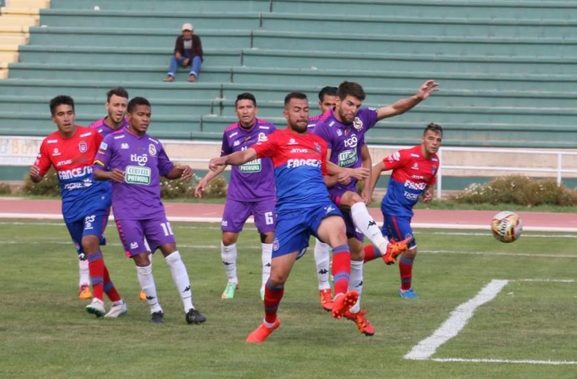 Universitario ganó ayer el clásico del sur jugado en Sucre.