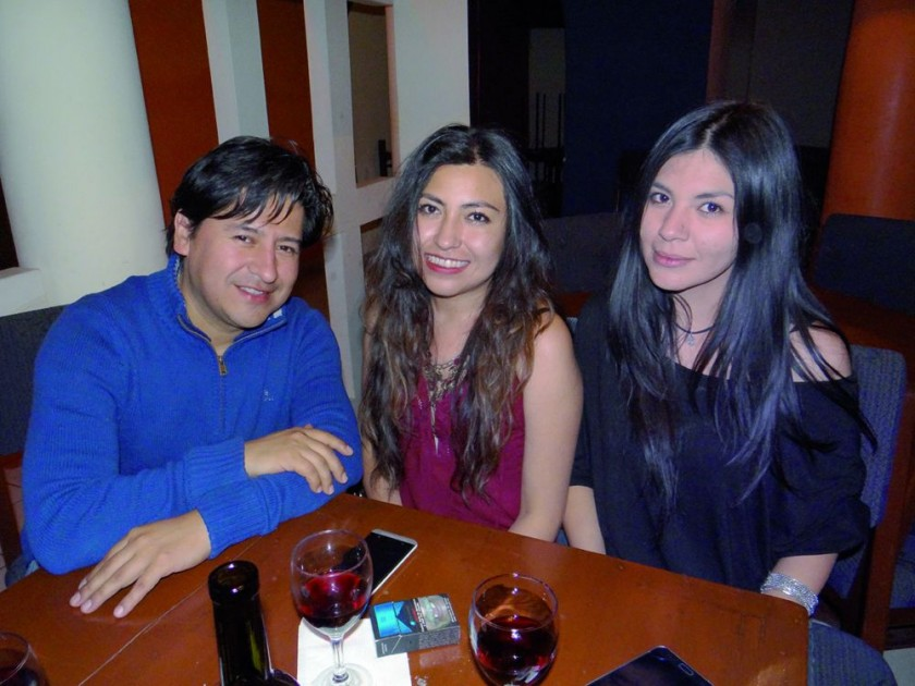 Rodrigo Sambrano, Pilar Morales y Silene Cruz.