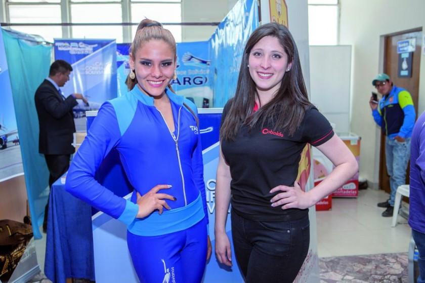 Orienta Delgadillo y Carolina Pinto.