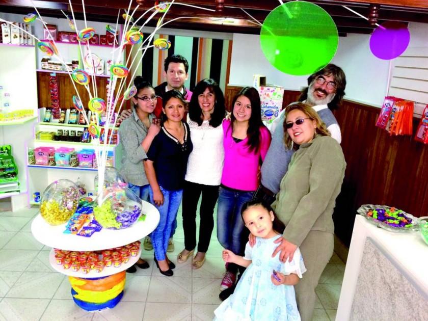 Willy Villarroel, Valentina Curo, Francia Rodríguez, Jassiel Villarroel,  Bernardo Gantier, Andrea Antezana, Aylin...