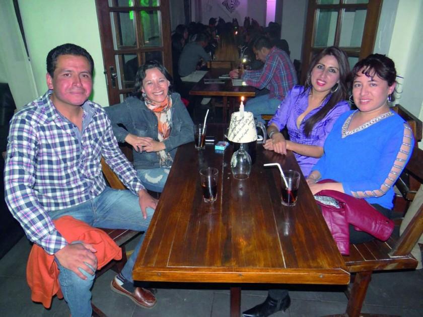 Edson Camino, Cinthia Calderón, Nadia Delgadillo e Isabel Silvetti.