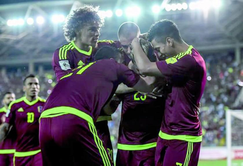 Los jugadores de la selección llanera celebran el triunfo sobre la Verde