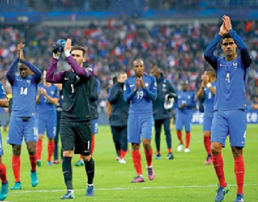 Inglaterra y Francia cumplieron los pronósticos y se sitúan en lo más alto de sus grupos.