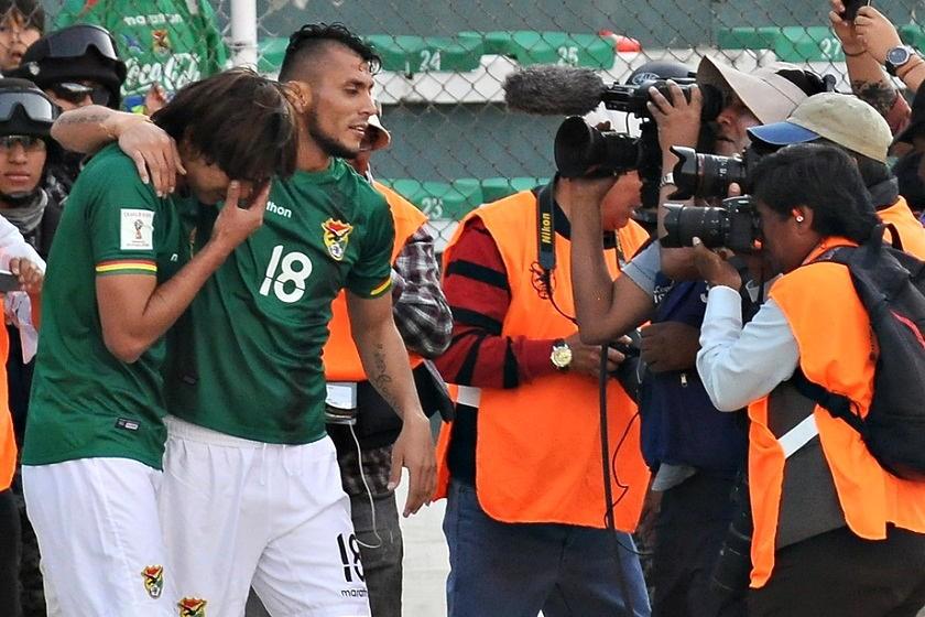 La emoción de Martins (i) tras volver a marcar luego de 15 meses. Foto: Marka Registrada