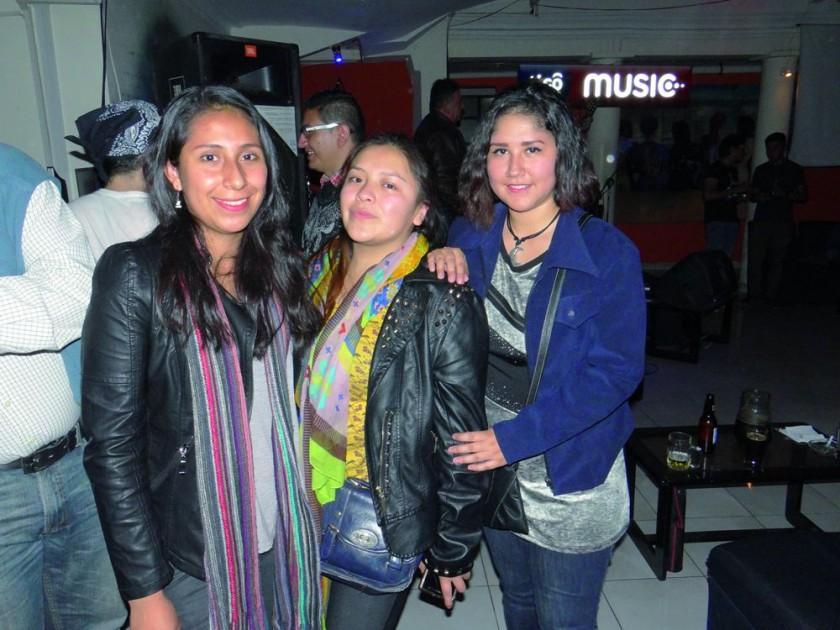 Valeria Cuba, Guísela Condori, Mary Saavedra.
