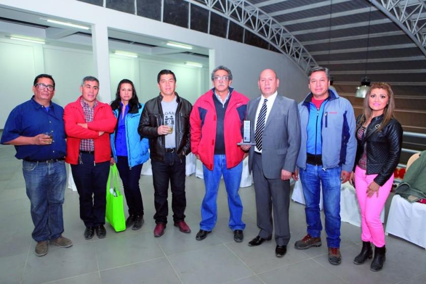 Wilson Dalence, Mamerto Betanzos, Beidamia Mercado, Eduardo Serrano, Raúl Gutiérrez,  Herland Daza, Gonzalo Ibáñez y Cla